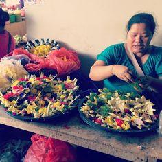 Le marché d'Almapura se situe dans une partie peu touristique de l'île : de quoi se rapprocher au plus près du quotidien des Balinais. (Crédit photo : pinterest.com)