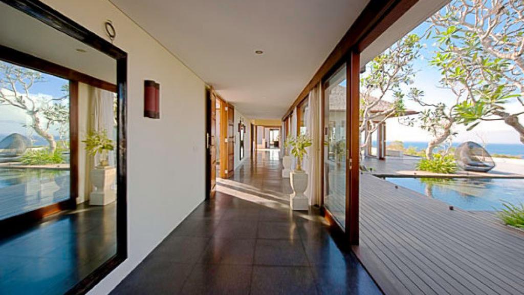 Shanti Residence