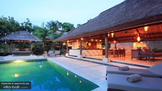 villa-bayu-794d50bd