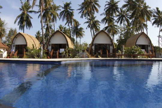 H tels sur les les gili guide de voyage - Manta dive gili air resort ...