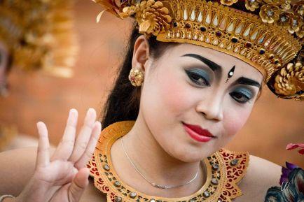 L'art du spectacle est au coeur de la culture balinaise ! (Crédit photo : mariagejyletpierre.zankyou.com)