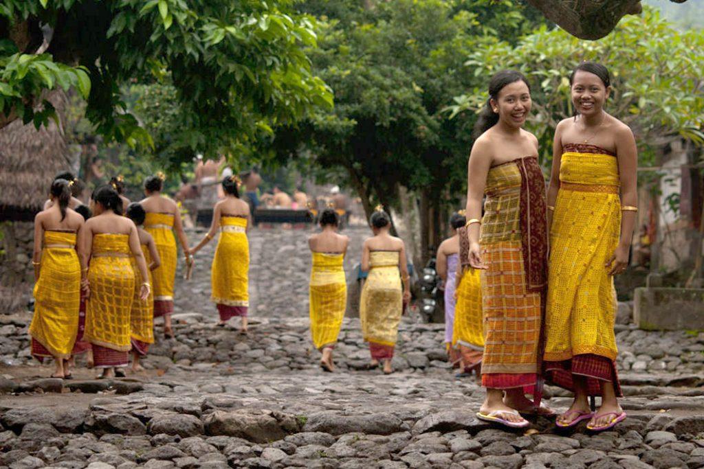 A Tenganan, des traditions remontant bien avant le XIII° siècle perdurent, et les habitants font tout leur possible pour les préserver. (Crédit photo : terraceatkuta.com)