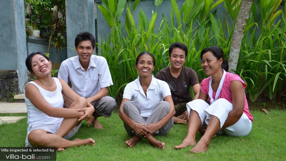 L'équipe de la villa Gils à Canggu est aux petits soins pour ses pensionnaires. (Crédit photo : villa-bali.com)