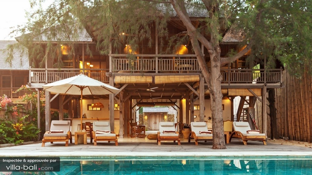 gili-beach-villa-425c3cbb