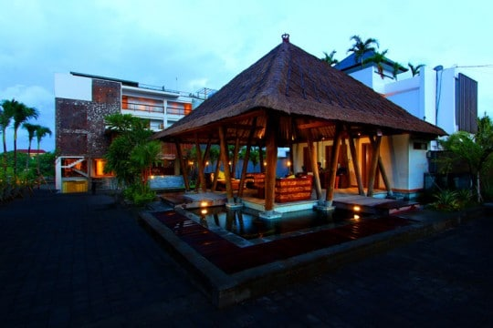 the-kirana-bali--lobby-and-hotel