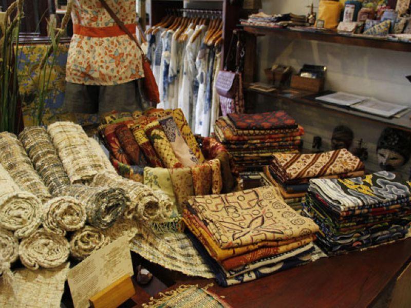 Sarong - shopping - kuta