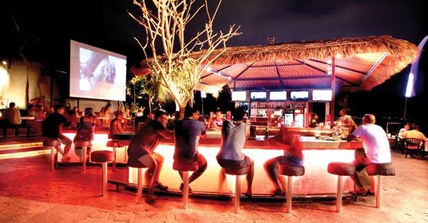 Sky Garden - bars club - Kuta