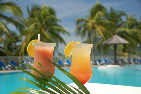 Aloha pool bar - Bars - Nusa Dua