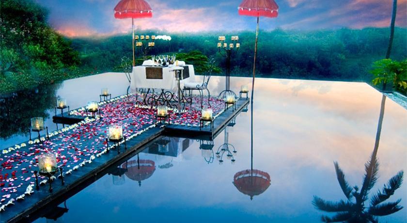 L'hôtel Jungle Retreat à Ubud est situé dans un cadre paradisiaque. Les images enchanteresses qu'offrent les aménagements de l'hôtel resteront gravées dans votre esprit ! (Crédit photo : Booking.com)