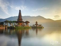 Le Temple d'Uluwatu est l'un des plus beaux de l'île : une destination phare à visiter durant un séjour à Bali.