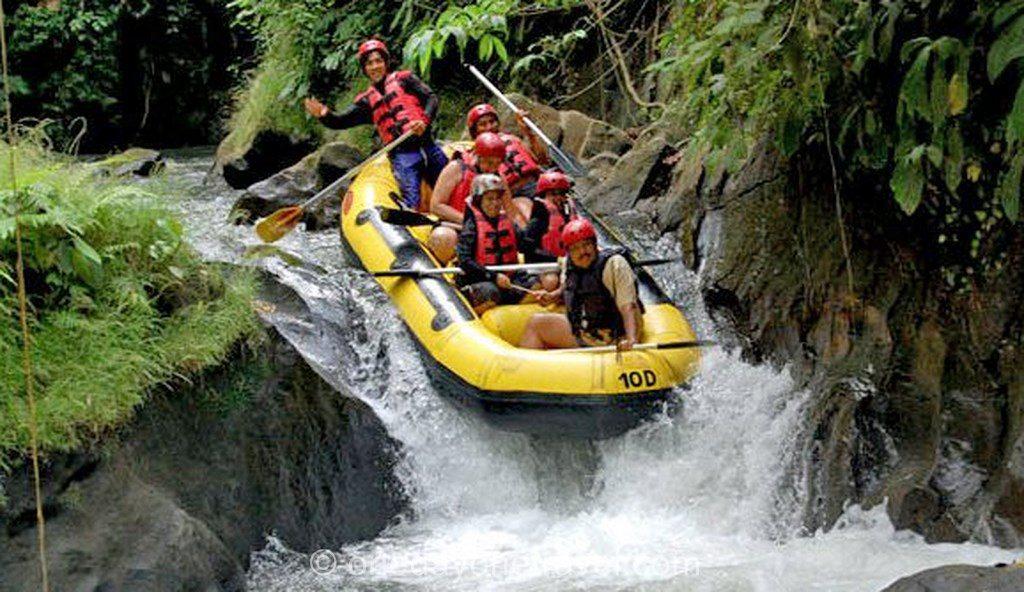 Le rafting promet une expérience époustouflante ! (Crédit photo : onedayonetravel.com)
